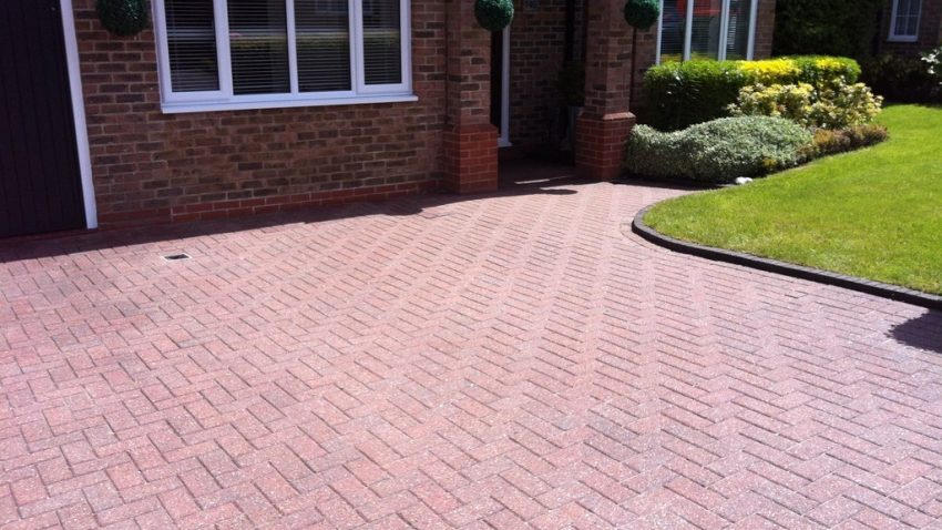 driveway cleaning services in Woking